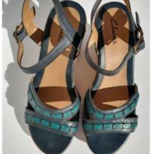 Clarks Bluen Green Leather Wedge Sandals Sz 7.5